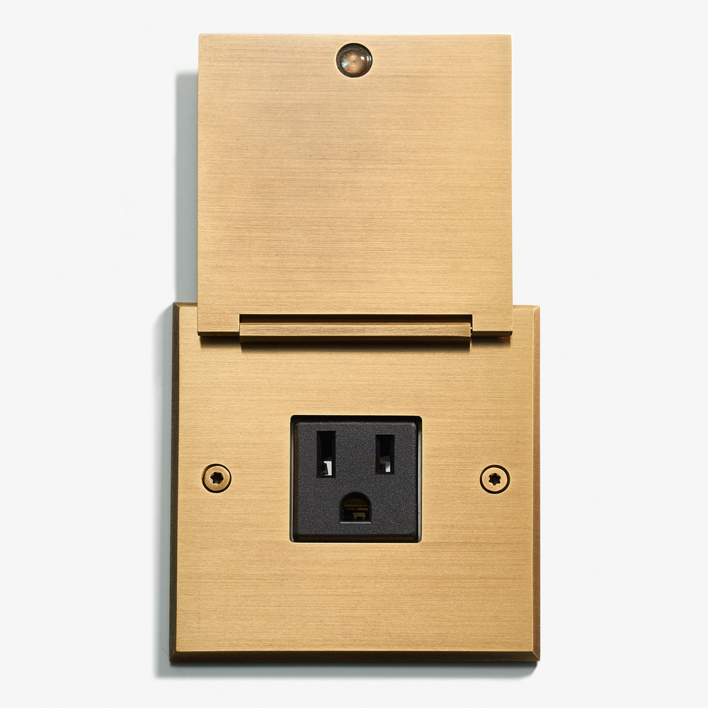 LVL-USA - 82 x 82 - Single Outlet - Cover - Bronze Médaille Clair