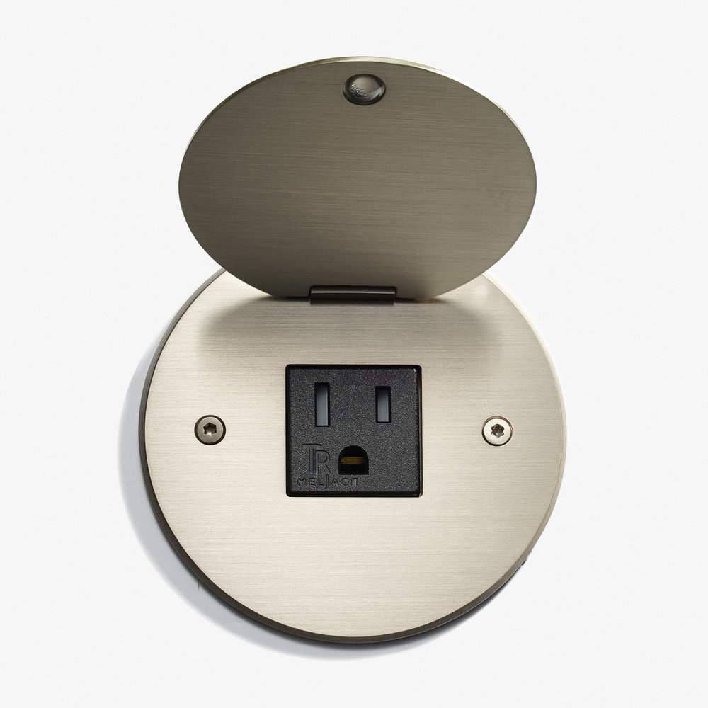 LVL-USA - 90D - Round Kitchen Outlet - Cover - Nickel Brossé