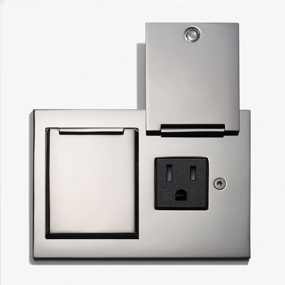 117 x 82 - Duplex Outlet - Covers - Straight Edge - Nickel Brillant - 2.jpg