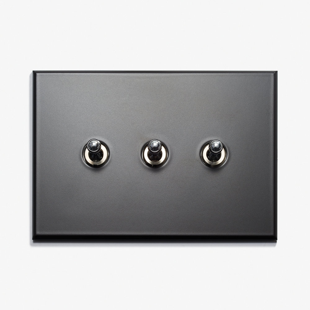 117 x 82 - 3 INV - Hidden Screws - Nickel Noire Mat 1.jpg