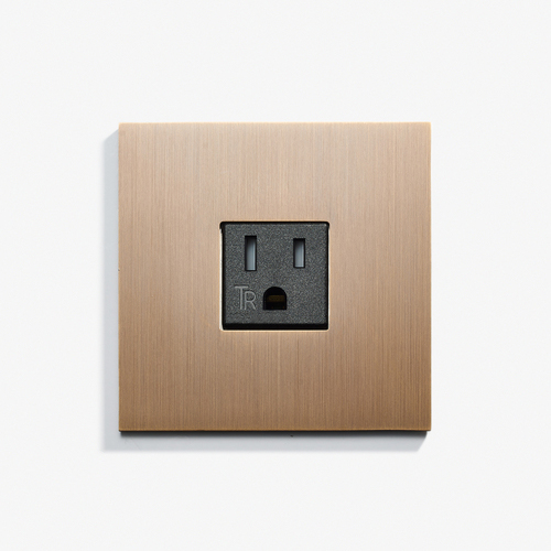 "Single Outlet - Hidden Screws - Straight Edge<a href=""/82-x-82-single-outlet-screwless-straight-edge-bronze-medaille-allemand""></a><strong>Bronze Médaille Allemand</strong>"