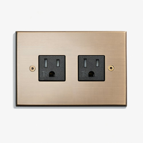 """Duplex Outlet - Visible Screws<a href=""""/117-x-82-2-outlets-visible-screws-bronze-medaille-clair""""></a><strong>Bronze Médaille Allemand</strong>"""
