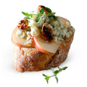 bleu-cheese-spread-apples-toast1.jpg
