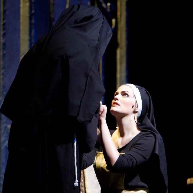 Cayman as Maria in The Sound of Music with Lyric Light Opera. Photo by Stage Images.