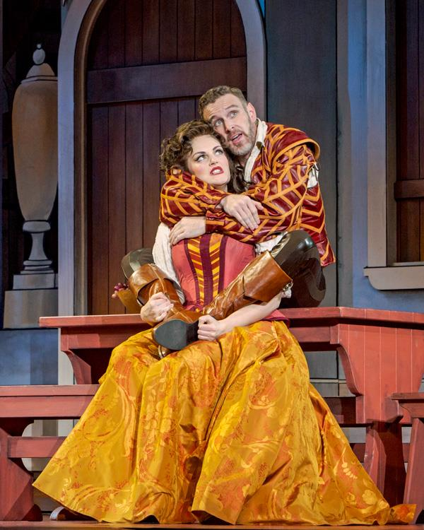 Kiss Me, Kate  at the 5th Avenue Theatre. Photo by Mark Kitaoka