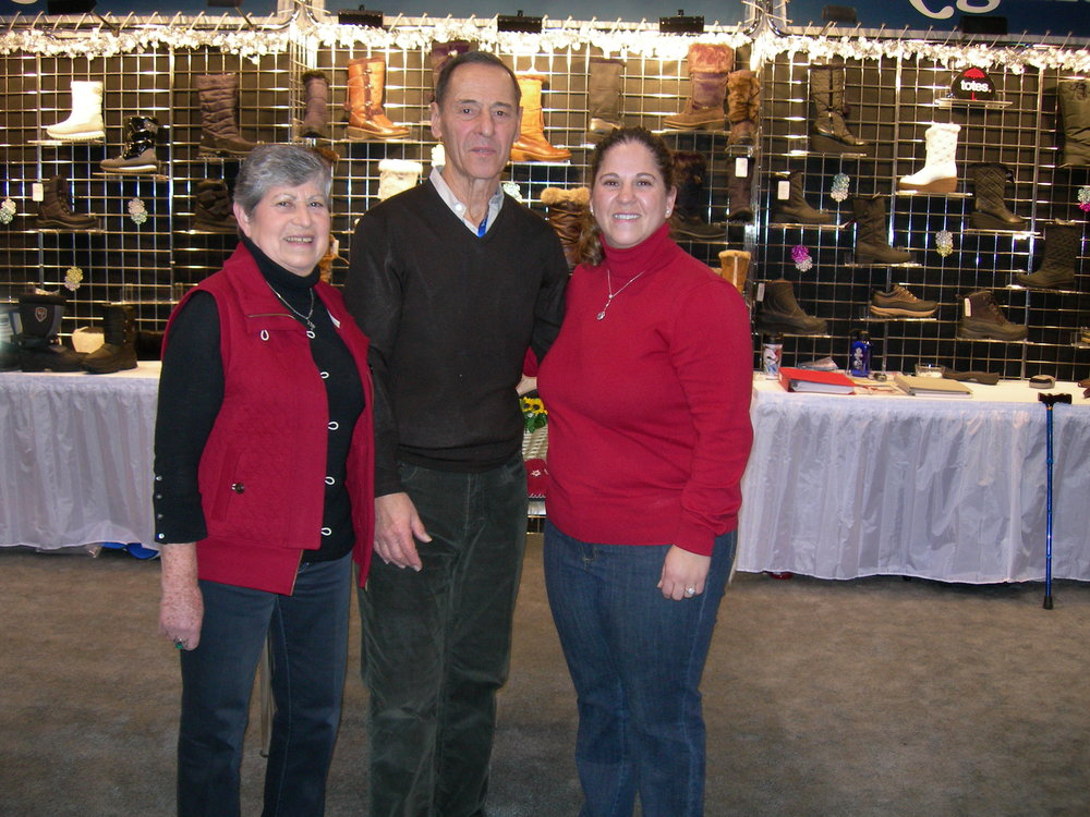 Mrs. Blate, Mr. Blate & Michelle at the Las Vegas Show