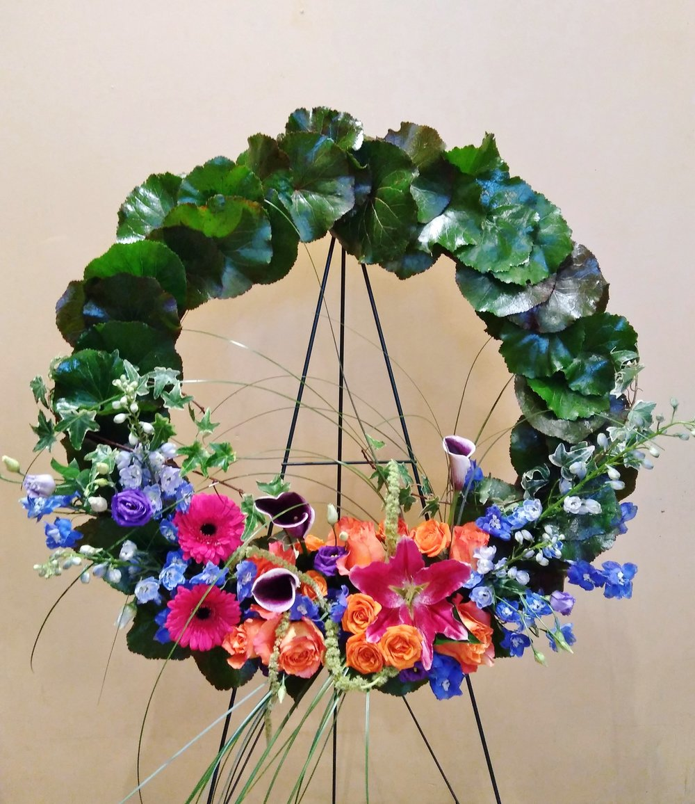 "F20 $200-$250 24"" Wreath. $250 as shown."