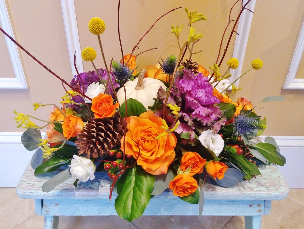 T1 $100-$200 Classic Thanksgiving Centerpiece. $100 as shown.