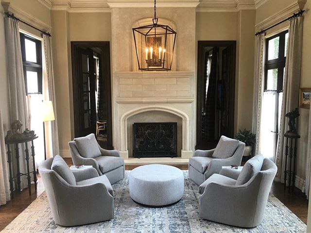 Swivel Seating. #courtneycunninghamdesign #courtneycutchallcunningham #livingroomdecor #livingroom #chairs #custom #design #designer #new #interiordesign #interior #interiorinspo #interior123 #ottoman #yes #beautiful #pretty #customdesign #visualcomfortco #lightingdesign #lighting #rug #contemporary #comfy #family #love #instadesign #instagood #instagram