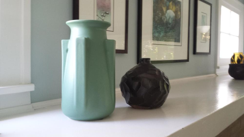 black vase collectore nell ingalls.jpg