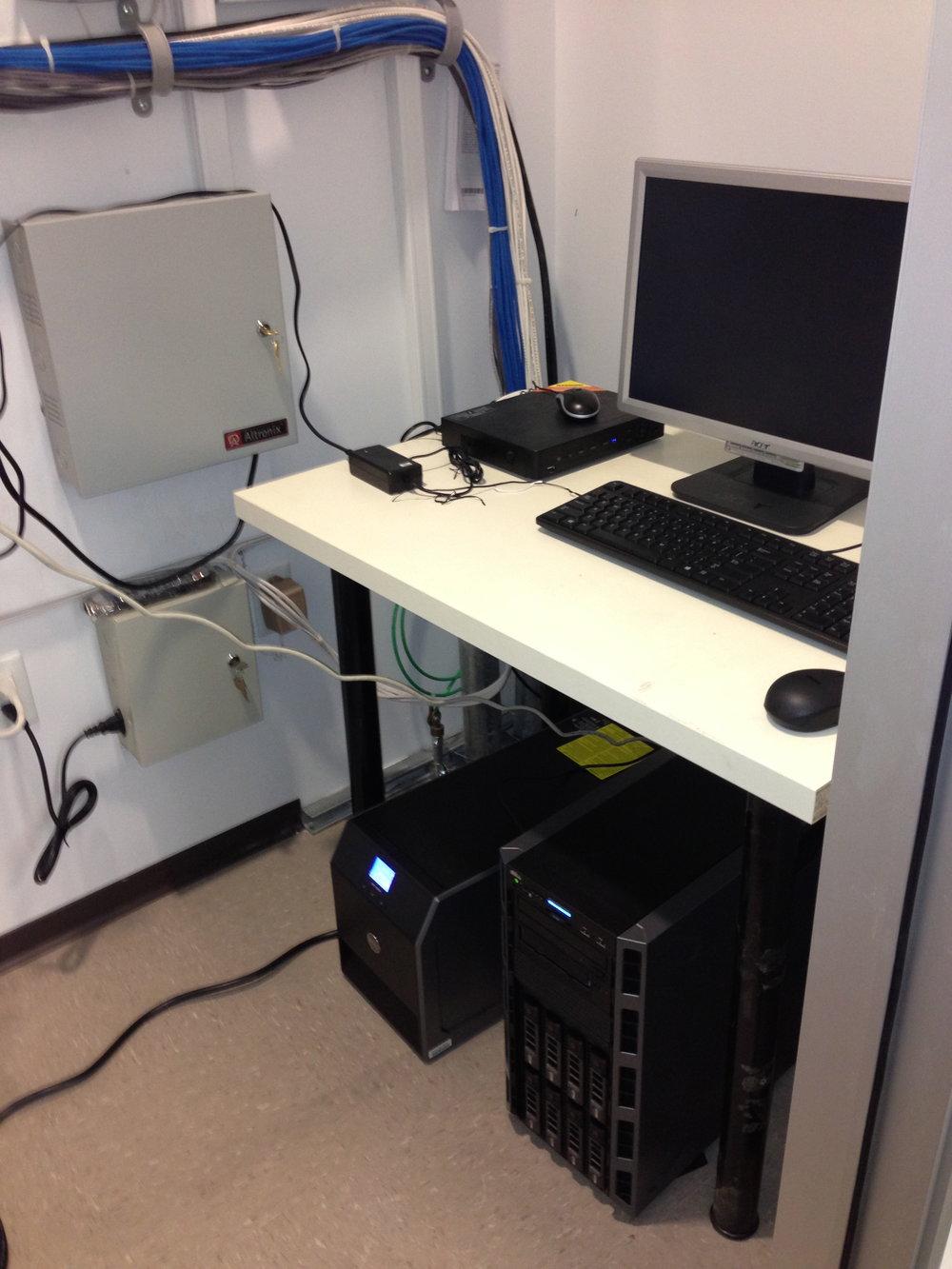 Office 2 server rack 2013