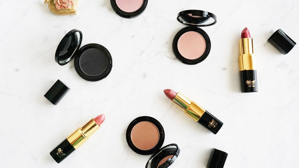 Beauty - Beauty trends, how-tos, and my faves.