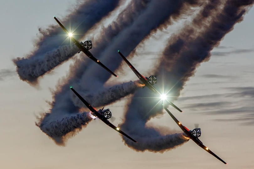 FRIDAY NIGHT AIRSHOW - featuring Nighttime Aerobatics & Fireworks