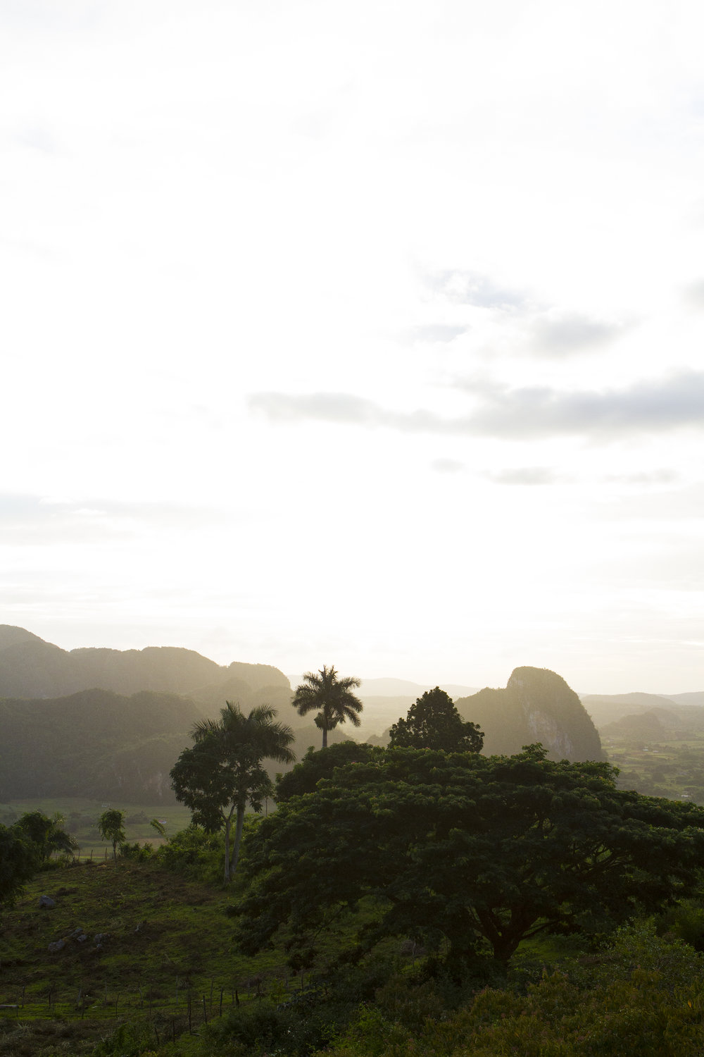 Sunrise over Valle de Viñales
