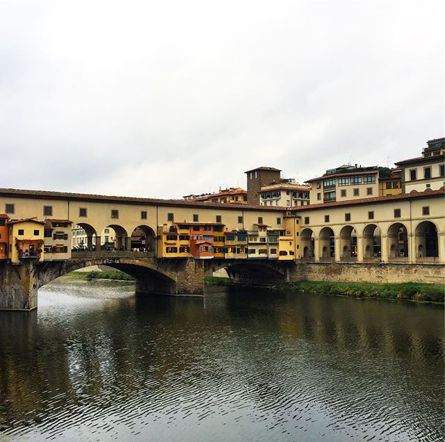 Moody Ponte Vecchio #latergram #travel #italy #firenze #neverstopexploring #visititalia #vabene