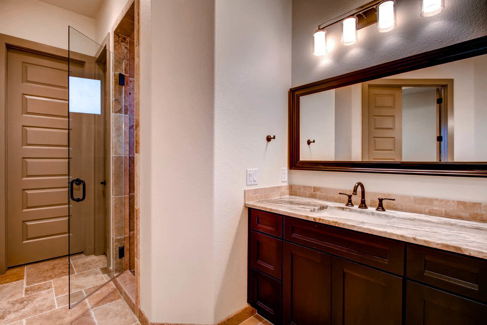 307 Highlander Court-print-018-27-Master Bathroom-2700x1803-300dpi.jpg