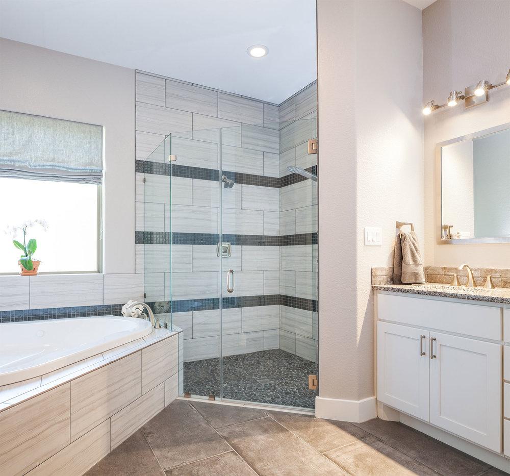 home-4317-miramar-78628-master-bath01.jpg