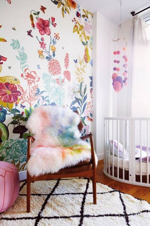 a-garden-grows-in-brooklyn-taupe-and-white-nursery-1456173092-56cb6314cc657e184583d901-w667_h750.jpg