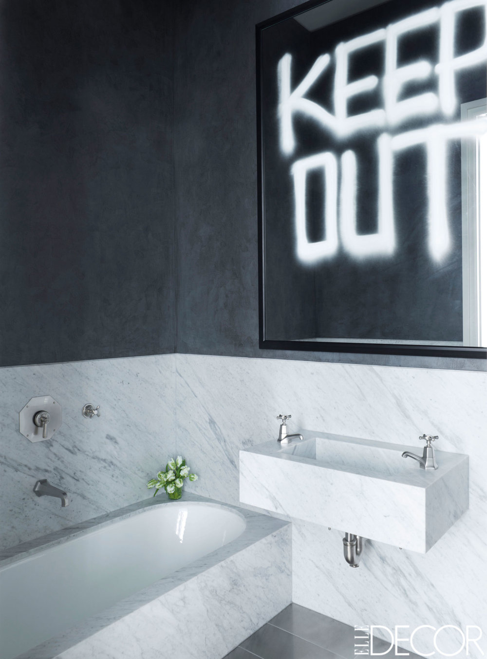 black-and-white-bathroom-9.jpg
