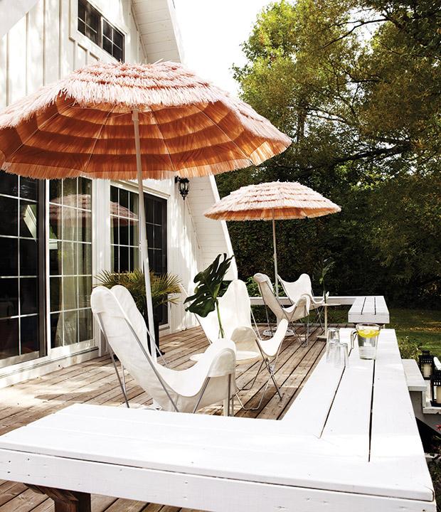 Shaggy Umbrella Patio Deck