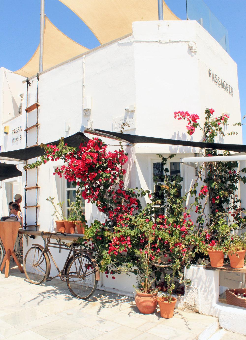 Passagio Santorini // Eclectic Prodigy