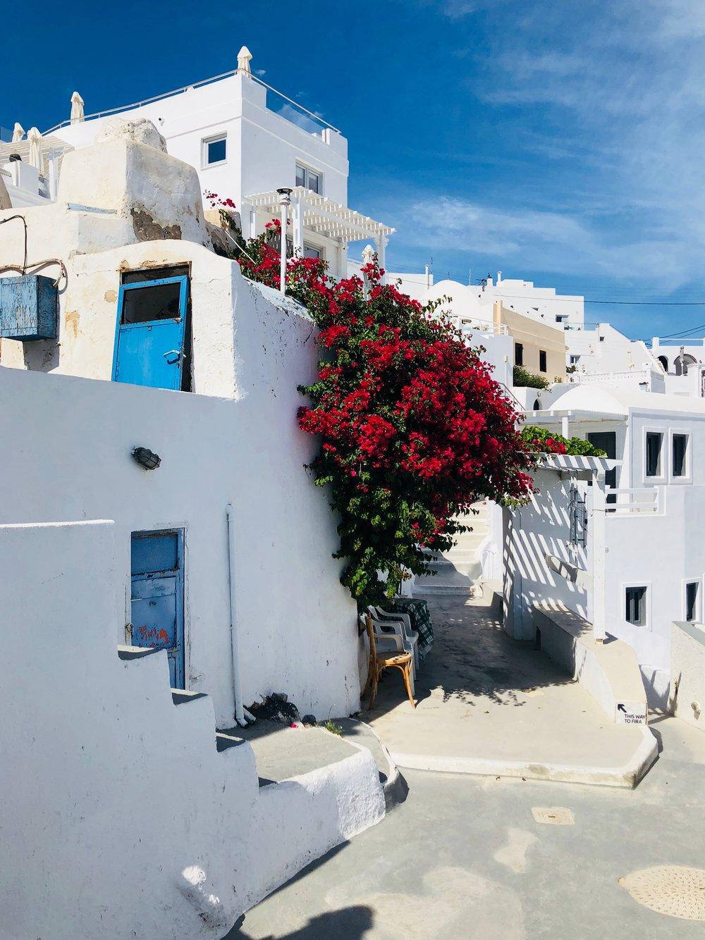 Imerovigli Santorini // Eclectic Prodigy