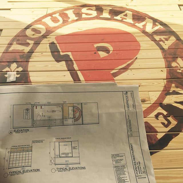 🐔🍗 Longview working on the finishes at Reading, PA Popeyes location. Hand painted Popeyes Louisiana Chicken logo almost ready to be installed as accent wood wall finish🍗🐔 #longviewconstruction #longviewbuilds #buildingrelationships #lookhowfarwego #chicken #louisiana #cooking #fastfood #goodfood #workhard #almostdone #repost #follow #picoftheday