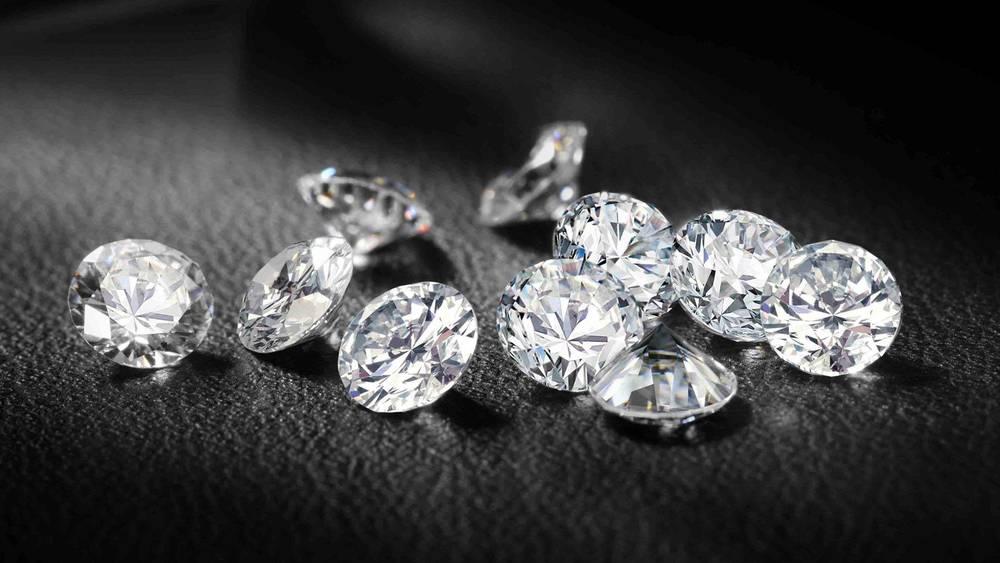 Diamond-Photos-HD.jpg