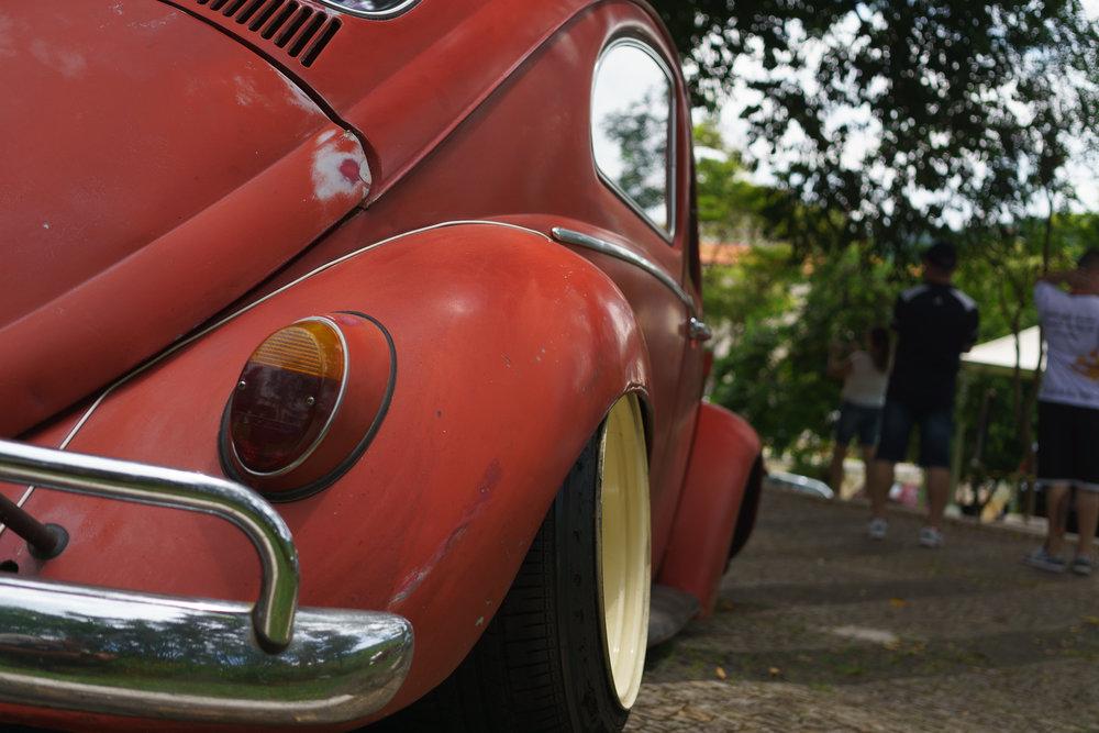 Slammed VW Fusca Bubble Gun Treffen