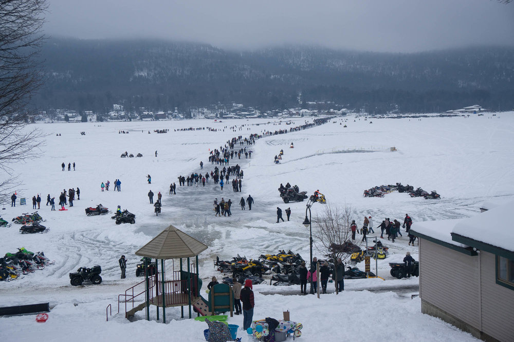 The Crowd of People at the Ice races