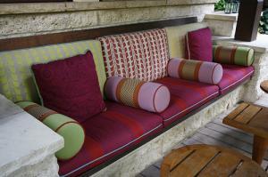 Outdoor_Pillows_0.jpg