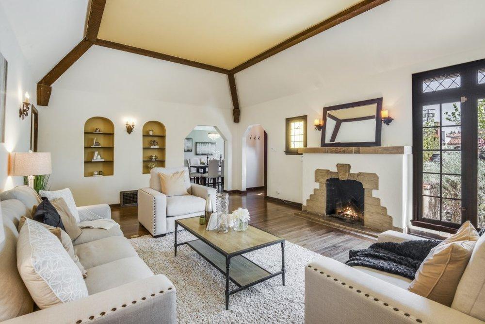 501 living room.jpg