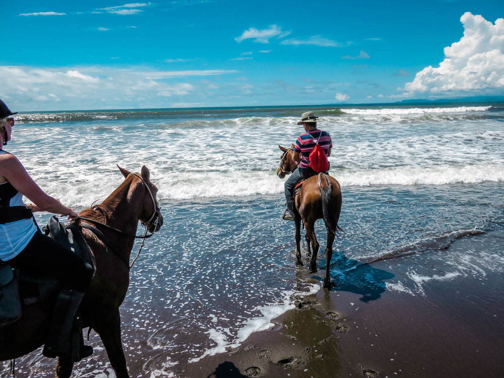 Costa Rica Travel - Horse Riding Adventure I Rainforest I Beach I The Discoveries Of Travel Blog #traveltips #holidaydestinations-1.jpg