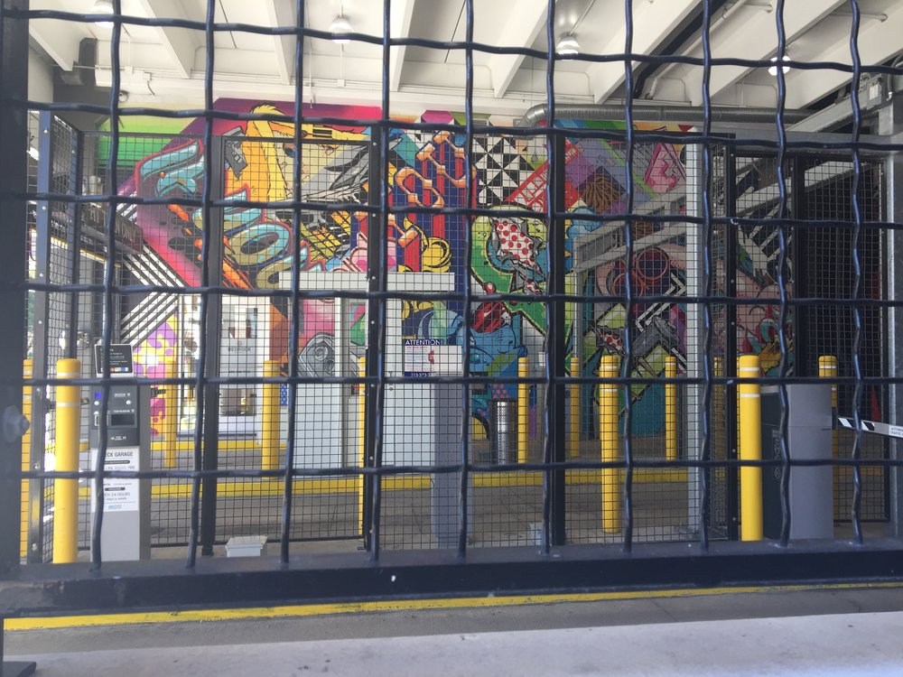 This is the parking garage right behind the green bench.  Apparently, this whole parking garage is all painted with sweet murals.  Nice!