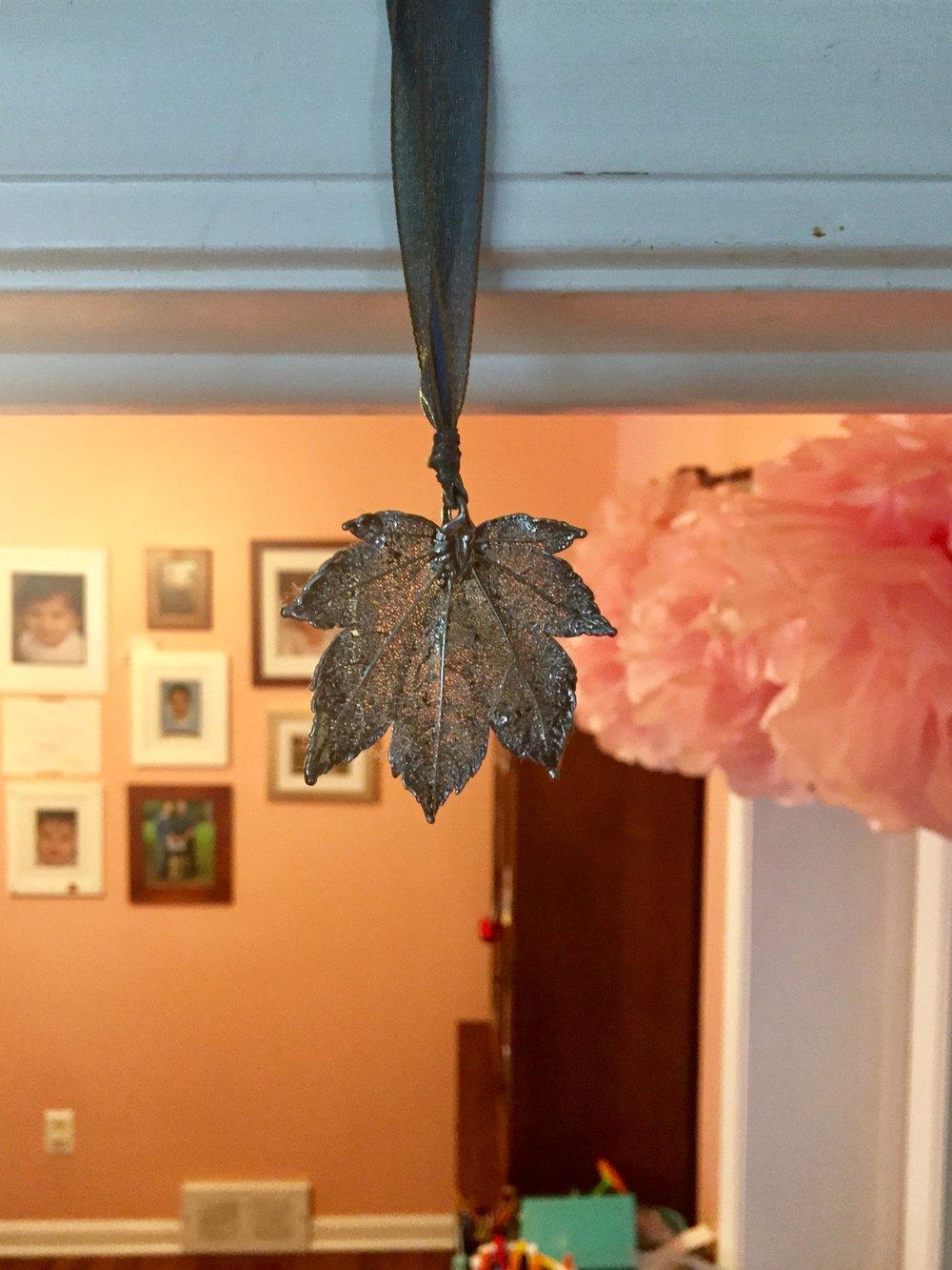 hug leaf.jpg