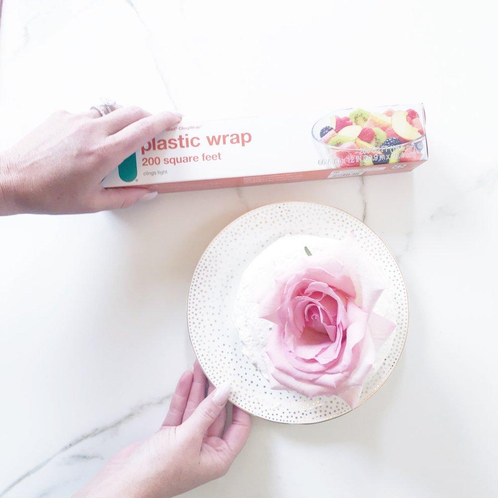 THE-CAROLINE-DOLL-BLOG-WEDDING-CAKE-PRESERVATION-5.JPG