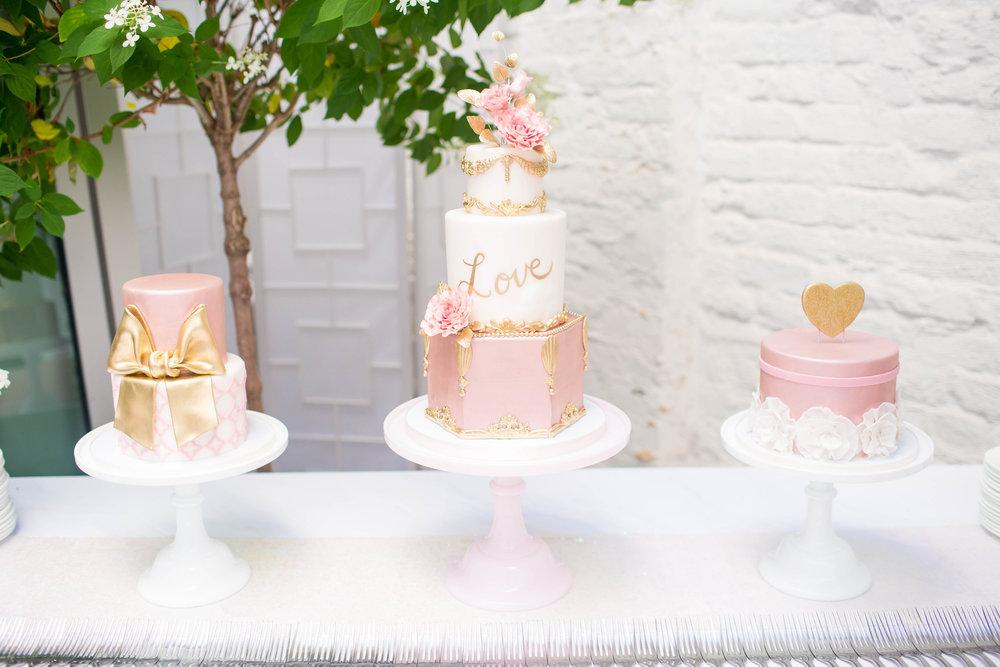 THE-CAROLINE-DOLL-BLOG-WEDDING-CAKE-PRESERVATION-9.jpg