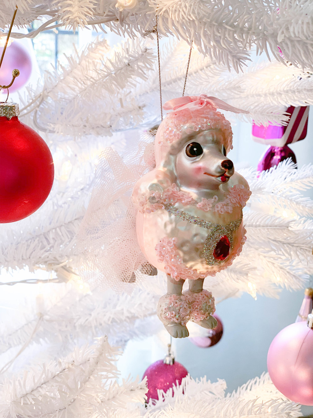 Caroline-Doll-home-decorating-Christmas-6.jpg
