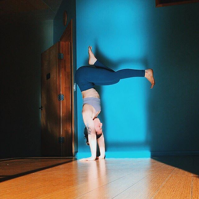 @ej_merlin is taking over and teaching 9 classes this week at Still Yoga!!! ... Mon (6/25) 10:45a Mon (6/25) 6:30p Tues (6/26) 9:00a Tues (6/26) 12:30p Wed (6/27) 10:45a Wed (6/27) 12:30p Thurs (6/28) 9:00a Thurs 6/28) 6:00p Fri (6/29) 10:45a ... #yogateacher #yogalosangeles #losangeles #silverlake #yogasilverlake #yogapractice #yogalove #yogalife #yogaeverydamnday