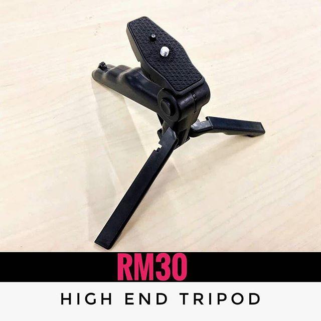 #Repost @angryberuk ・・・ HIGH END TRIPOD . ✅Tripod untuk ambil gambar ✅Stabil! ✅Solid . Look how to use it in AngryBeruk Youtube Channel! --------------- Whats included . 1.High end Octopus tripod  2. Tripod mount .. For only RM30 . Poslaju RM8! ------------------------------------------ 🐒 Shop address: . 📍Kedai Smuggld Jalan PJU 7/7A Mutiara Damansara . 🕖12pm-10pm (close on Sunday) ------------------------------------------- ⏩013-222.4024 ⏩013-222.4024 ⏩013-222.4024 ...... #telesin #kgprogear #smuggld #jualgopro #beligopro #jualmurah #phoneaccessories #gajet #barangfon #gajetbajet #sayajual #gopromurah