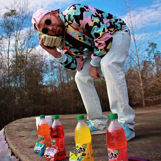 "Alabama rapper JD Daigotti has the juice. Maybe that's why he dropped some drip called ""Juice Juice"". He's making sure the DJ's and Club Venues put some respect on his name. I hear the radio stations out in Alabama will be playing this Labor Day Weekend. JD is letting the flow control this one and he's riding the beat. Record feels like it could be a hit! Check it out below and give it a listen."