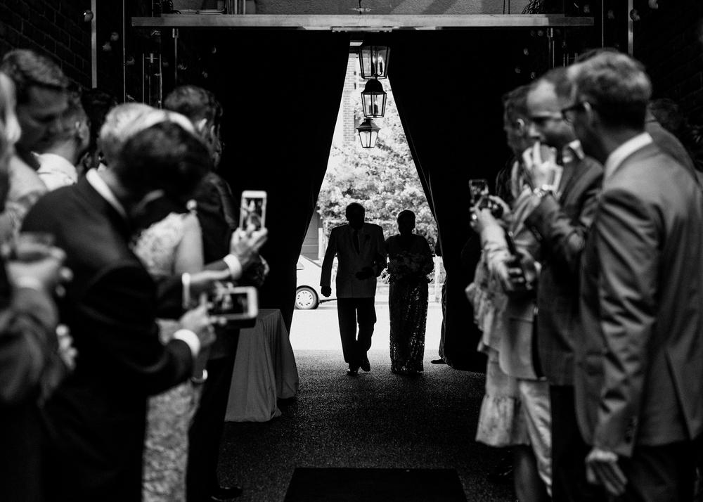 028-kaoverii-silva-CR-wedding-vancouver-photography-brix-and-mortar.png