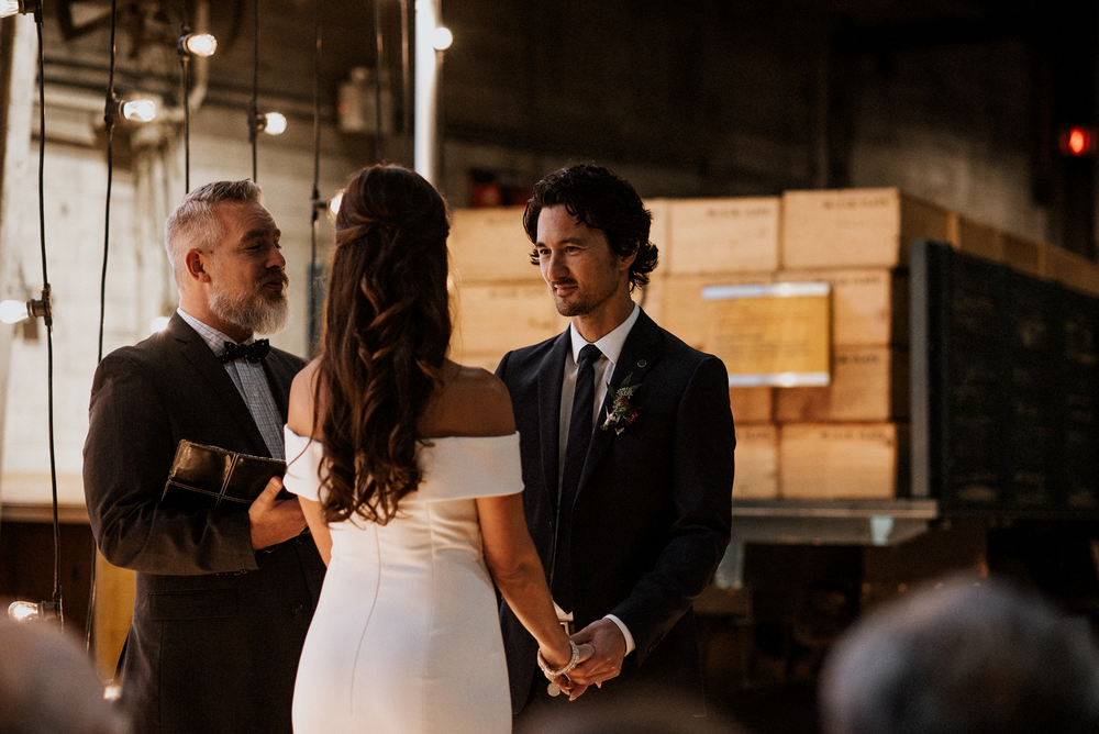 048-kaoverii-silva-MT-ubc-boathouse-industrial-wedding-photography-blog.png