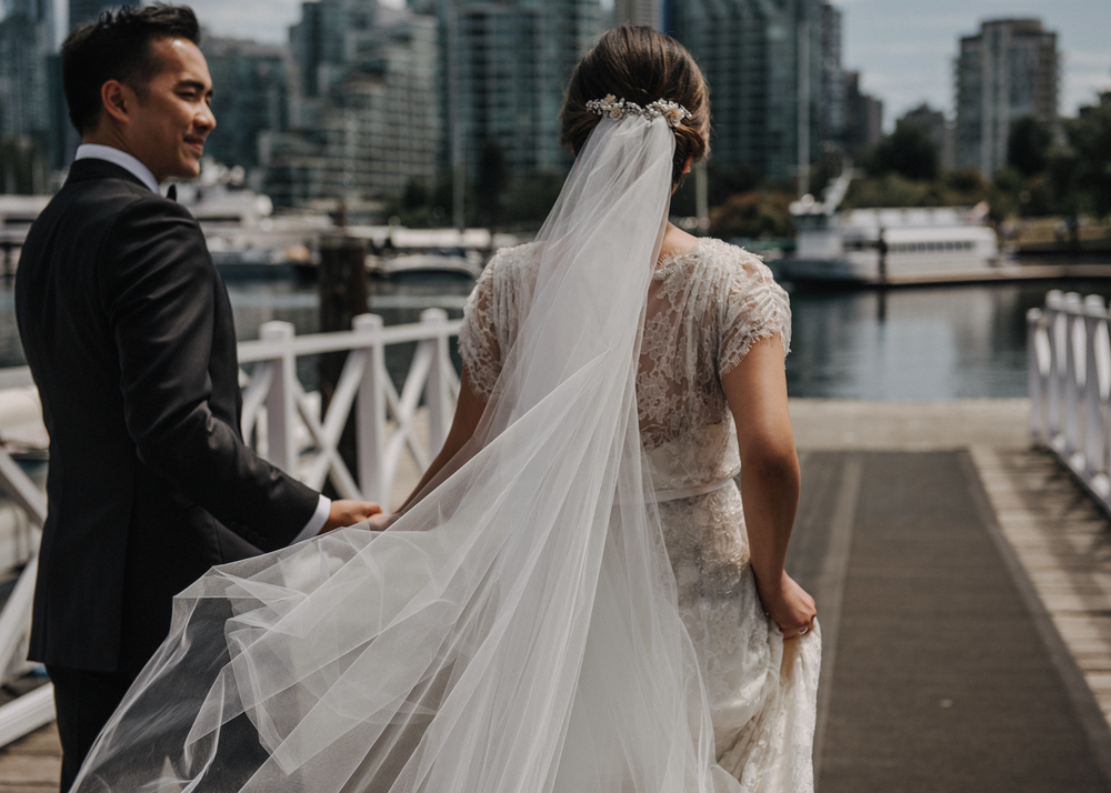 008-kaoverii-silva-pt-wedding-vancouver-photography.png