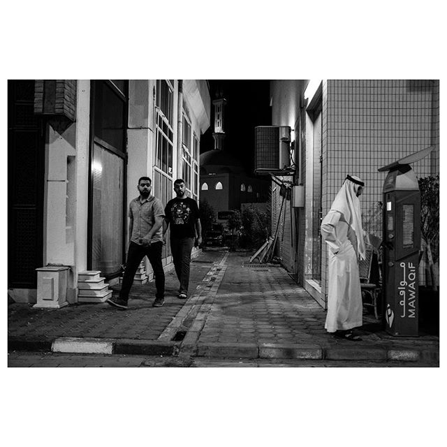 Mawaqif. . #myabudhabi #inabudhabi #fujifilm @fujifilmme #fujifilmx100f #streetphotography #lensculturestreets #street_photography #streetphotographers #streetlife #streets #everybodystreet #photojournalism #peoplescreatives #lensculture #streetlife_award #streetdreamsmag #documentaryphotography #streetphotographer #documentaryphotographer #beststreets #reportagespotlight #everydayeverywhere #streetactivityteam #streetdreamsmag #fotograferjomblo #streetactivity #urbanandstreet #imaginatones #streettogether #bestofstreet