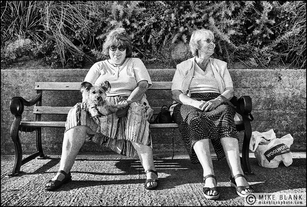 2 Friends & another woman, Clacton-on-Sea, England, 2002