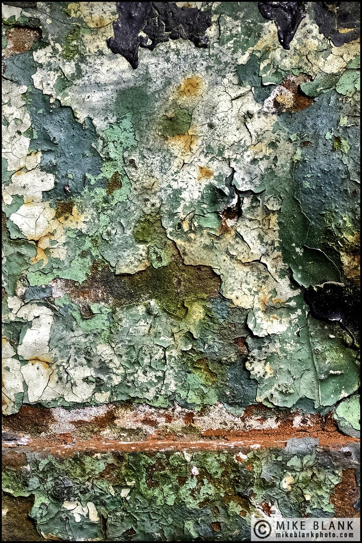 Old paint, London 2016
