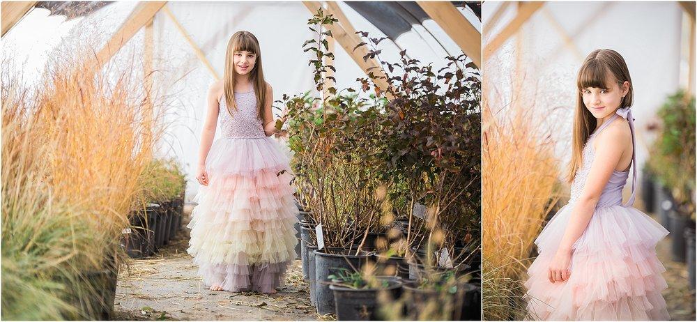 girl_in_floorlength_dress.jpg