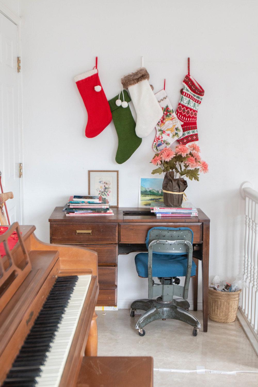 Christmas Living Room-12.jpg