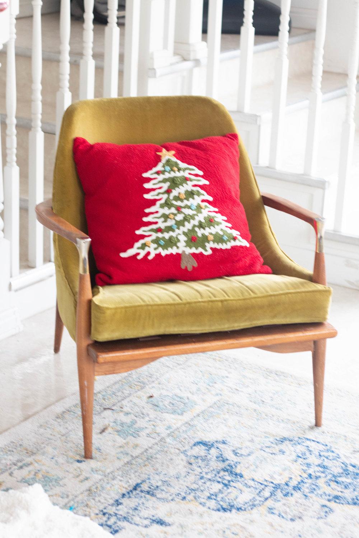 Christmas Living Room-7.jpg